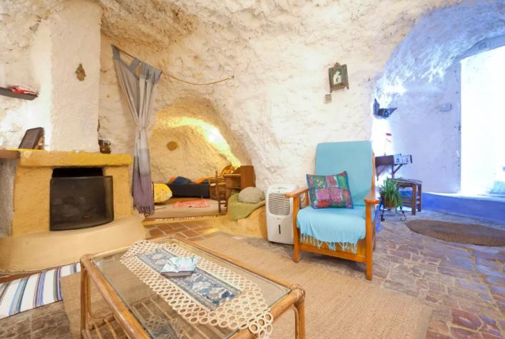 casas cuevas en granada