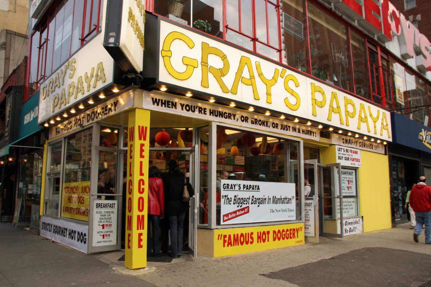 que ver en la quinta avenida de nueva york grays papaya
