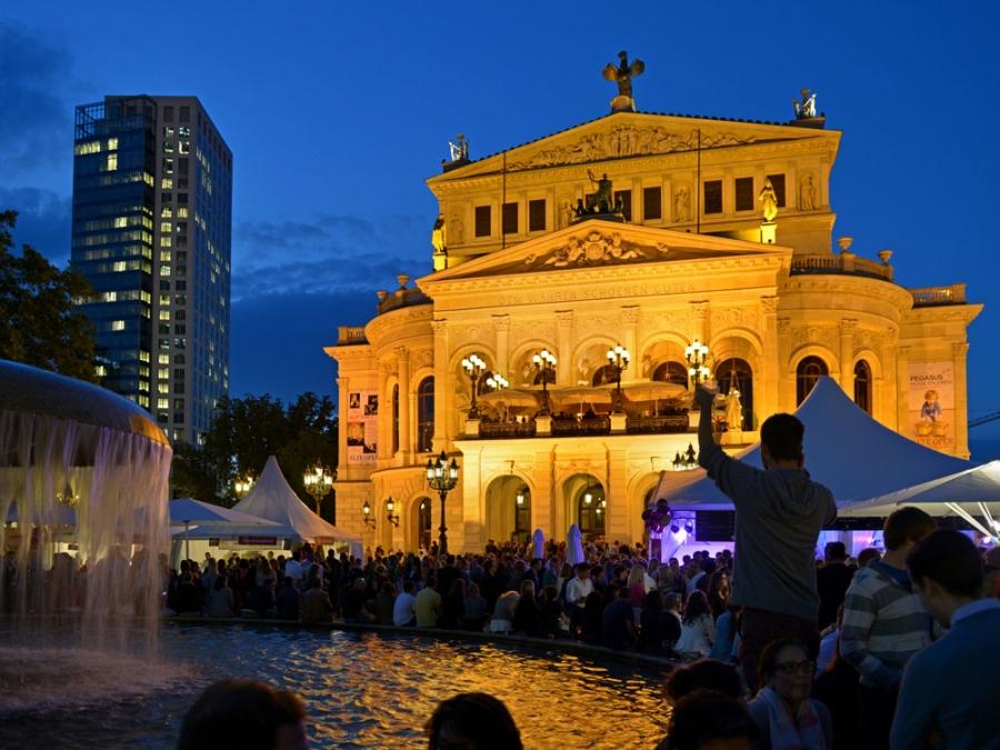 que ver en frankfurt en tres dias festival plaza de la ópera