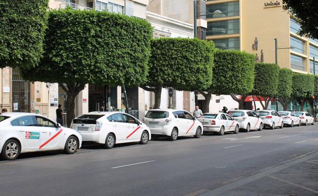 medios de transporte almeria capital