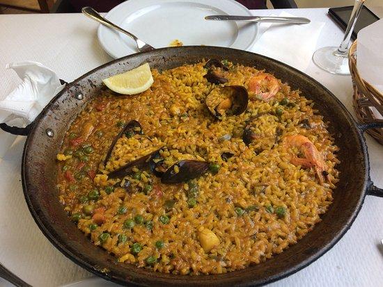 que ver en peñiscola castellon paella