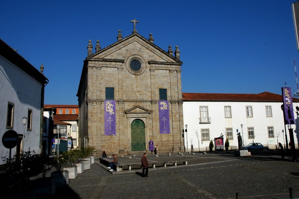 que ver en bragança portugal iglesias