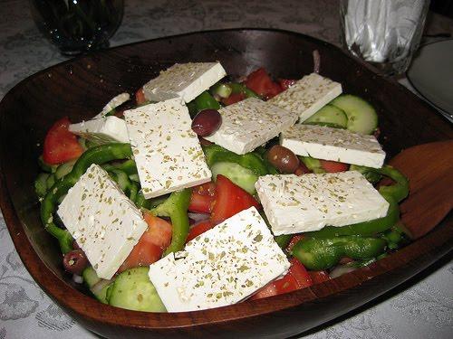 que ver en creta comida típica ensaladas