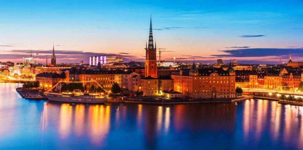 cuando visitar suecia