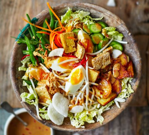 comida tradicional en indonesia